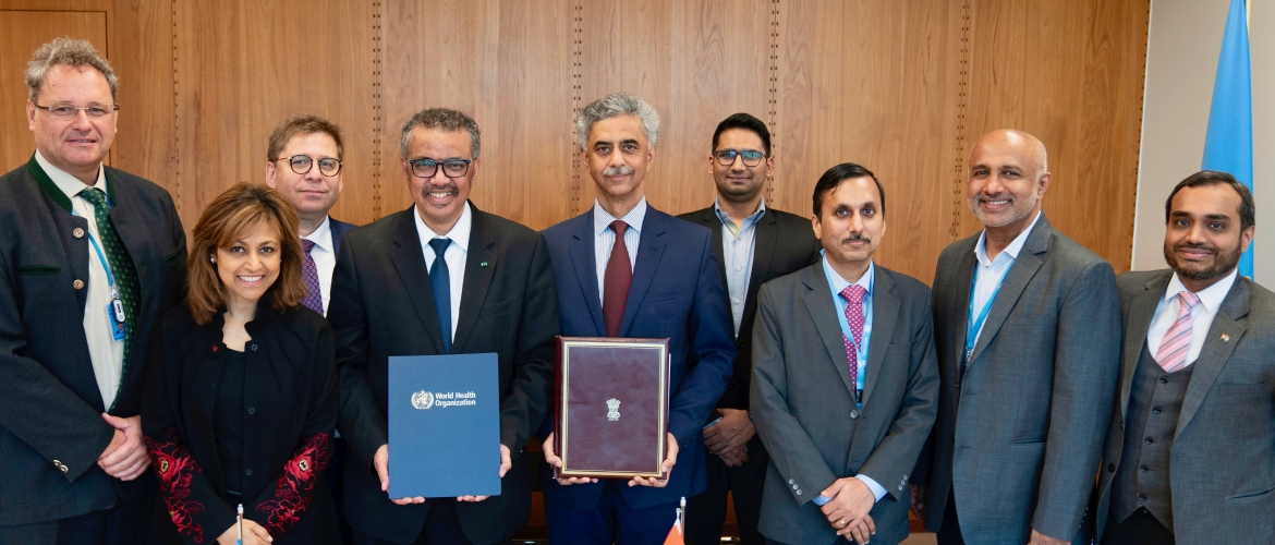 PR/Ambassador and DG, WHO with their delegations during the signing ceremony of the India-WHO ICD-11 Donor Agreement (Geneva, 11 February 2020)