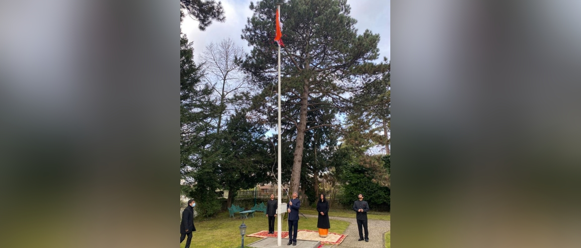 Ambassador Indra Mani Pandey unfurling the national flag on the occasion of the 72nd Republic Day ( 26 January 2021).